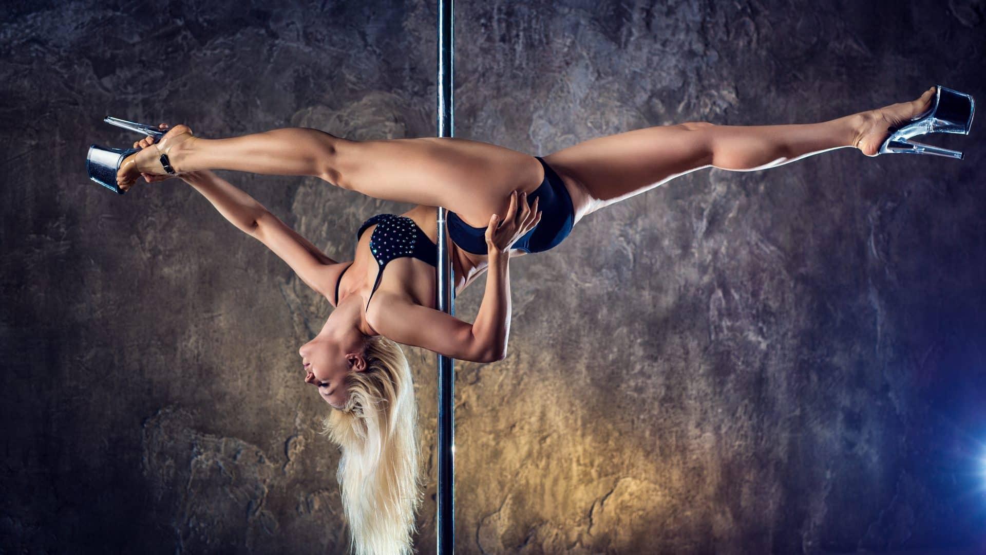 Infinity Pole Dance